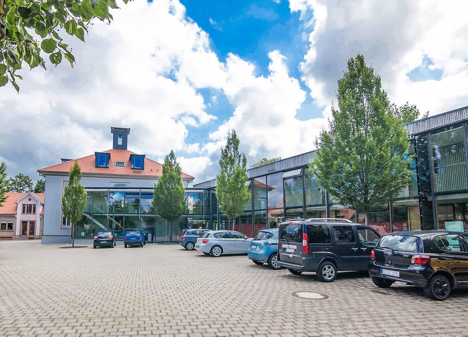 Parkplatz Rathaus Alsbach