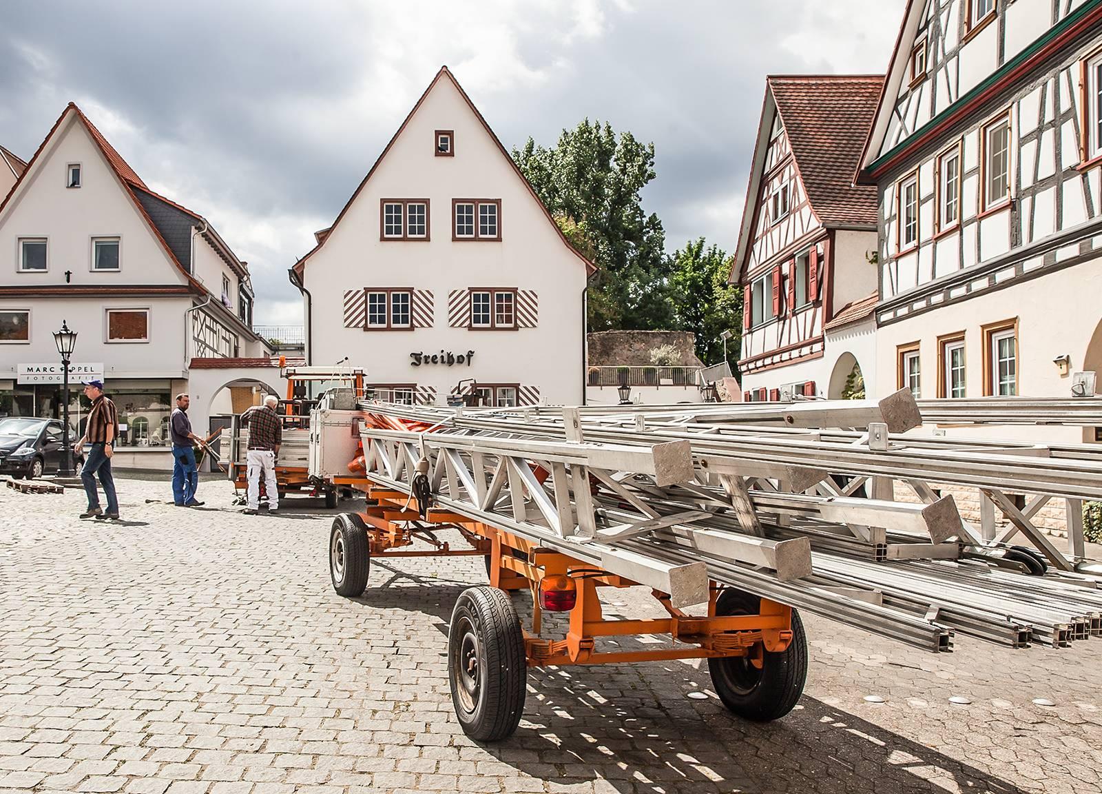 Aufgaben des ZKD: Zwingenberg Marktplatz Festaufbau